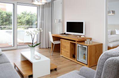 Hier unsere 38 qm große Suite (Wohn- und Schlafbereich getrennt) mit Balkon