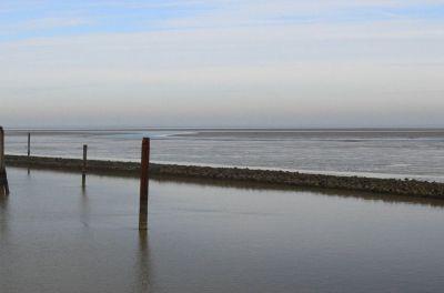 Aufgrund des Priels, einer ausgehobenen Fahrrinne, ist Langeoog die einzige tideunabhängig erreichbare Nordseeinsel